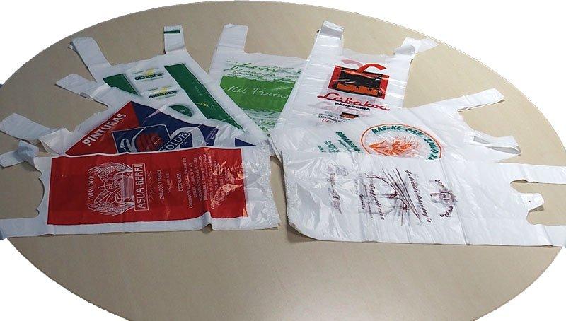 Varias bolsas de plastico personalizadas